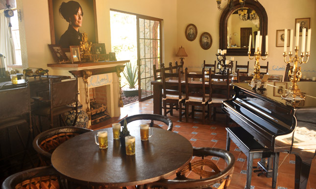 dining room hacienda Matel