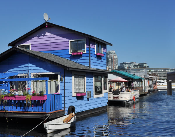 what to do in victoria in a day