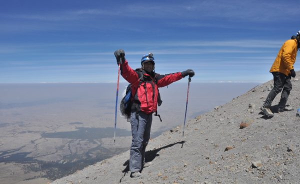 I was about 20 m from the summit when this picture was taken. Never had I -or a paellera- been as high.