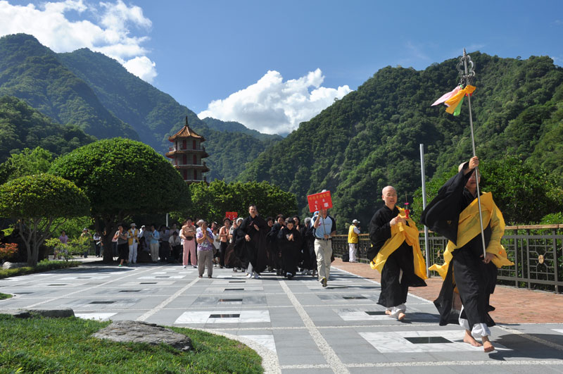 taroko gorge monks